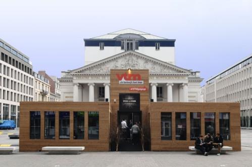 Monnaie vs monnaie exemple d'architecture sauvage dans la capitale européenne ©délirurbain 2014